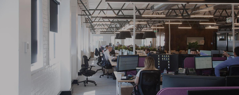 bg-modern-workspace-v4.jpg